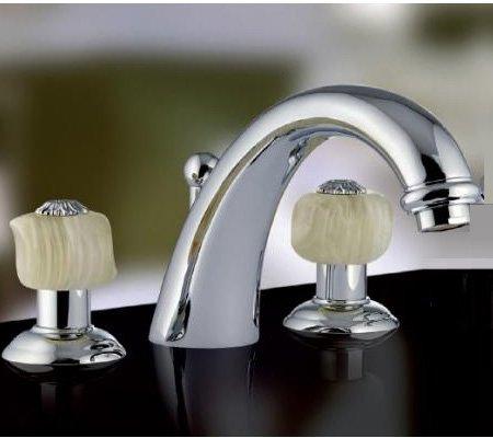 г. Москва: Nicolazzi Onice смесители для раковины и ванны с рукоятками из оникса