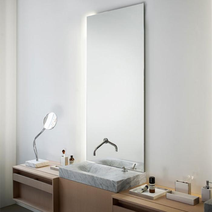 Agape Nudo LED Зеркало настенное 80x100x3.8 см с LED подсветкой