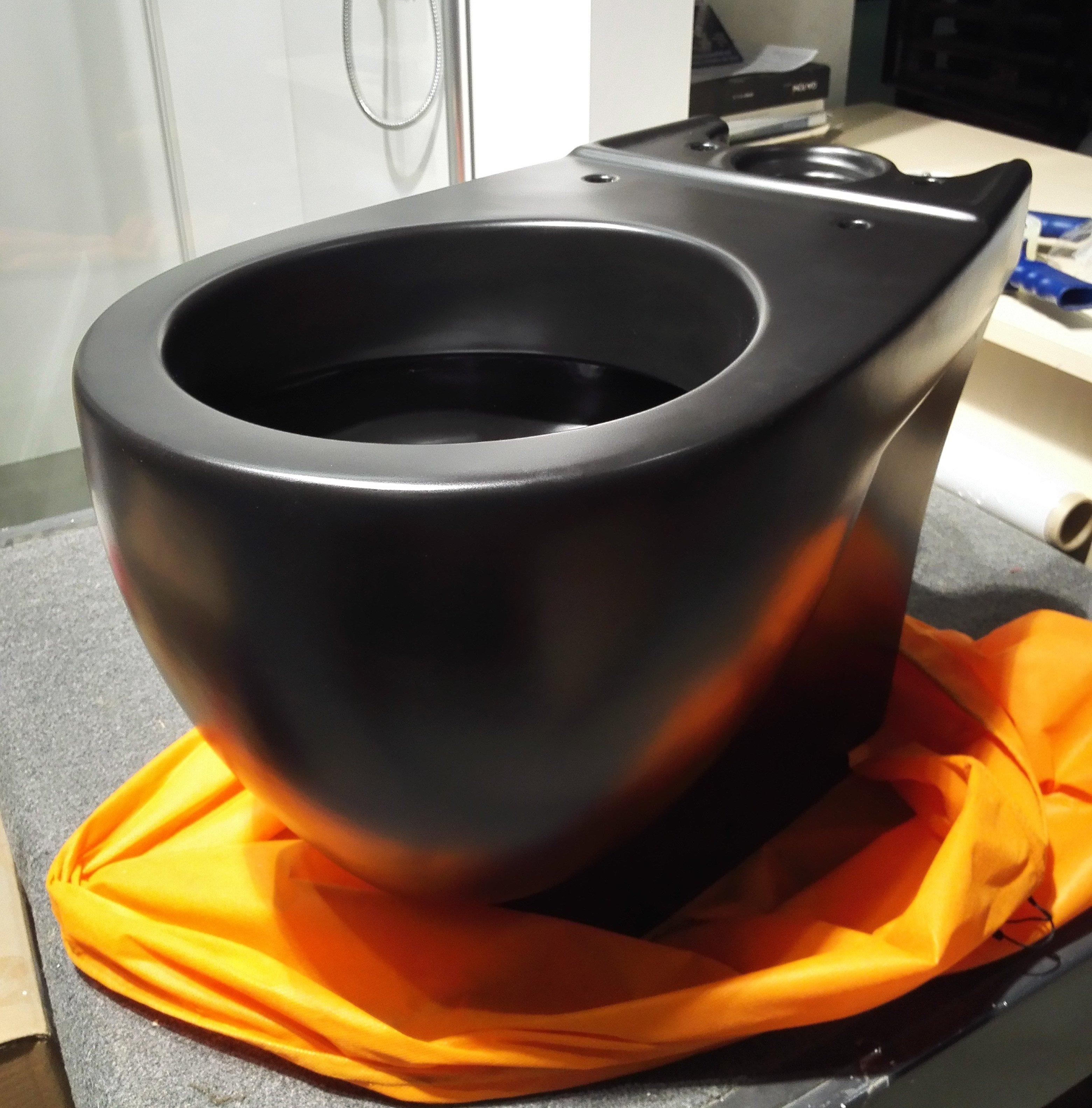 г. Москва: Globo Bowl дизайнерский напольный унитаз в матовом черном цвете