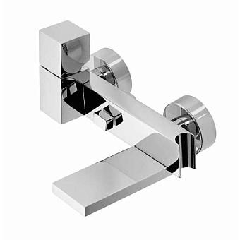 """Bossini Cube Смеситель наружный с девиатором, держатель для душевой лейки  с гибким соединением 1/2"""", цвет: хром"""