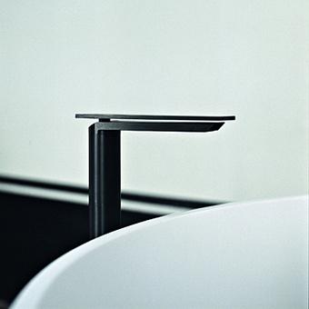 Agape Sen Однорычажный смеситель для раковины, на 1 отв., высота: 215мм, излив: 140мм, цвет: черный